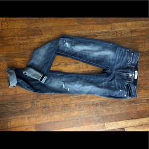 Buy a pair of jeans get 1 for free/bundle 2